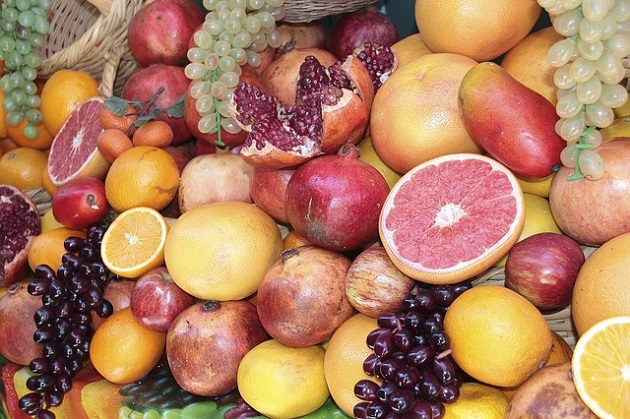 Апельсины гранат